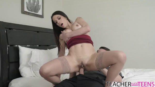Sexy Home Tutor Eva Long Makes Romp